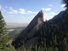 Rock Climbing Photo: Rappelling off the 3rd Flatiron summit.