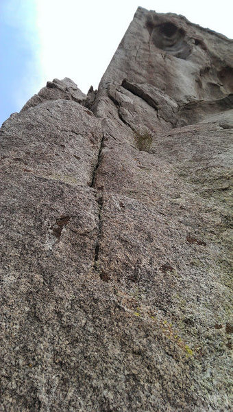 This is halfway up Claim Jumper, right before the 25 foot runout to first bolt on Arete before Crux.