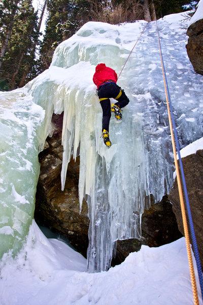 Rock Climbing Photo: Climbing the left side at Jewell Lake ice.