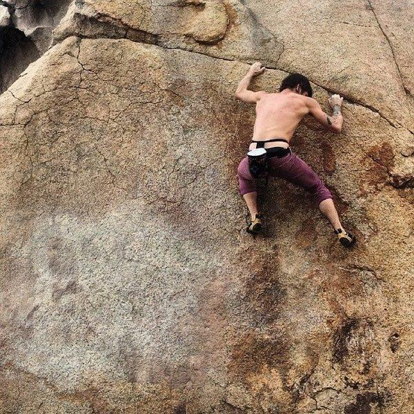 Rock Climbing Photo: Nicholas Rondilone on Linear Fracture Traverse.