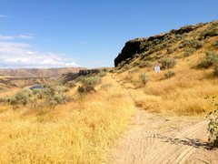 Rock Climbing Photo: Getting to the crag.  From the parking lot, wander...