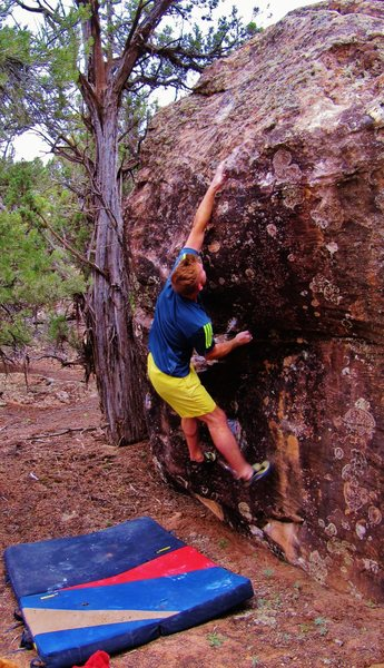 Rock Climbing Photo: Attempting the crux crossover on Silent Gossamer.
