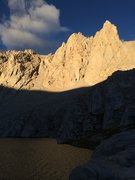 Rock Climbing Photo: Sunrise on the East Buttress of Irvine, with Meysa...