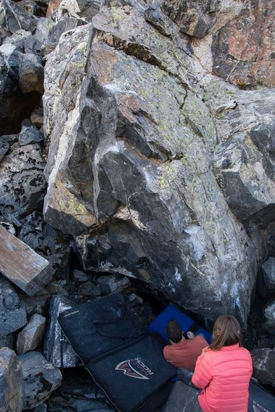 Rock Climbing Photo: Black Boulder - Upper Ohman.  Photo: Andrew Riley.