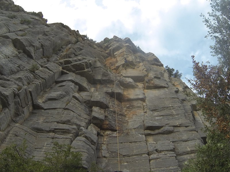 Rock Climbing Photo: If you stay on the left this roof looks easier.