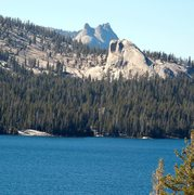 Rock Climbing Photo: Trapper Dome, Dogtooth Peak behind. Telephoto imag...