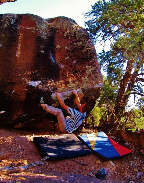 Rock Climbing Photo: One move deep on Sir Silicon of Sota. Traversing r...