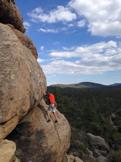 The bottom portion of Supercalibelgolistic (5.9), Holcomb Valley Pinnacles