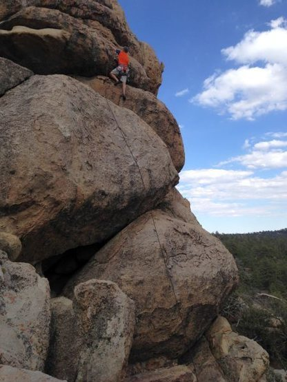 Chris on Supercalibelgolistic (5.9), Holcomb Valley Pinnacles