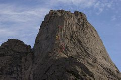 Rock Climbing Photo: A climber I met in the cirque had some good camera...