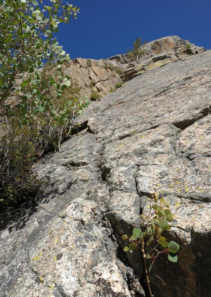 Rock Climbing Photo: Looking up the right-facing corner to the mid-way ...