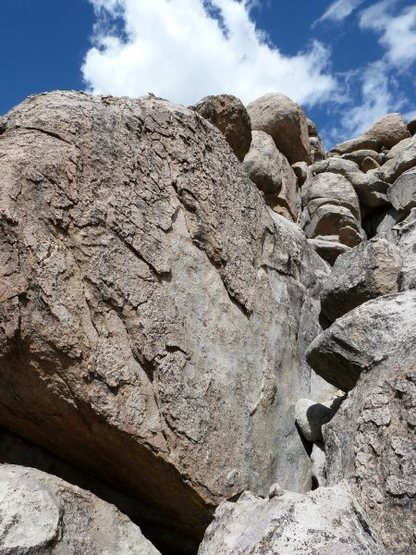 Rock Climbing Photo: East face of the Coral Sea Wall, Holcomb Valley Pi...