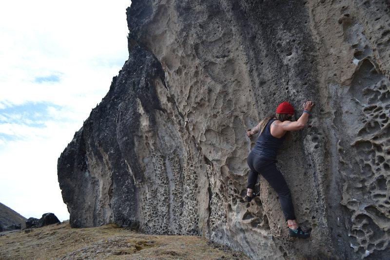 Rock Climbing Photo: Traverse in Hatun Machay, Peru.