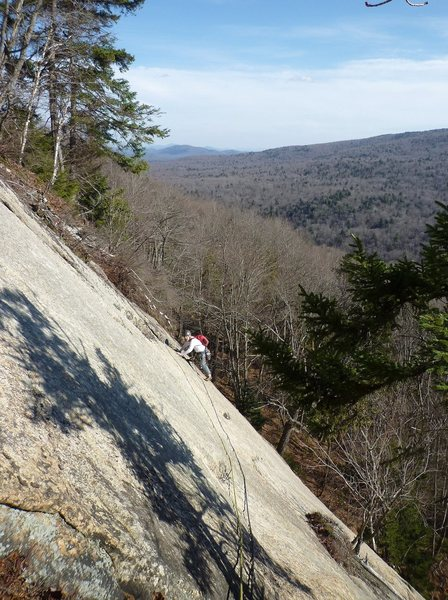 Rock Climbing Photo: The traverse on the first pitch.
