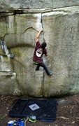 Rock Climbing Photo: Me on Tristar (V4) at Stonefort AKA: Little Rock C...