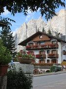 Rock Climbing Photo: Cortina d'Ampezzo with the Punta Fiames, Punta del...