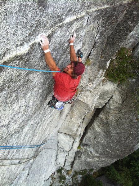 Rock Climbing Photo: Hansi finishing up pitch 2 on Silk Road/High Times...