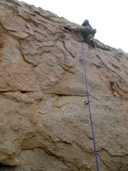 Jonathan on the first lead of <em>Voodoo Glow Skulls</em> (5.10a), Holcomb Valley Pinnacles
