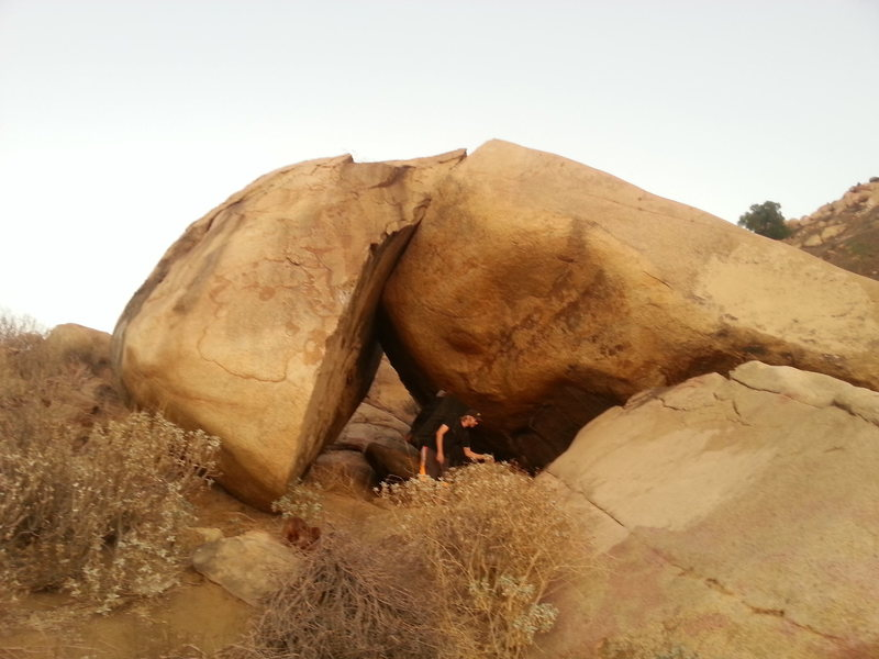 Rock Climbing Photo: Circle Crack boulders south side.