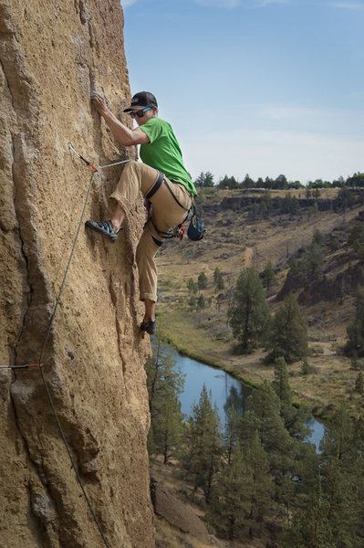 Rock Climbing Photo: Helium Woman with the Crooked River in the backgro...