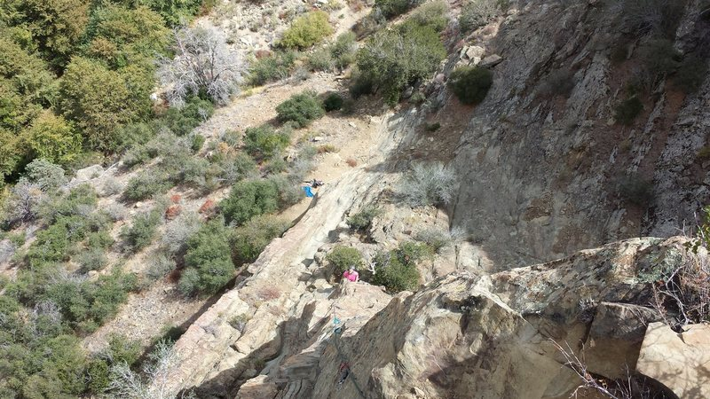 Rock Climbing Photo: Looking down at P1 anchor from P2 anchor. The crux...