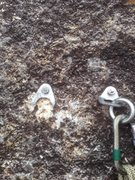 Rock Climbing Photo: Anchor broken off on top of pitch 2. The anchors f...