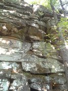 This is the center of the main wall. Very easy to configure a tr for the big crack, which is kind of the center climb