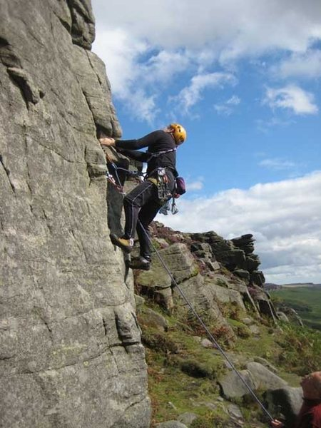 Rock Climbing Photo: The crux of The Knutter.  Blurter Buttress is visi...