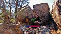 Rock Climbing Photo: Start beta of Cadywampus. Just pulling off the gro...