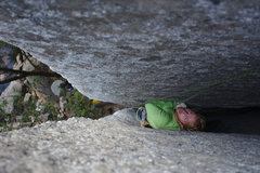 Rock Climbing Photo: Tom Wright in the squeeze