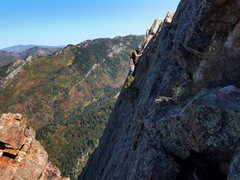 Rock Climbing Photo: For the upper ridge I prefer to stay on the face, ...