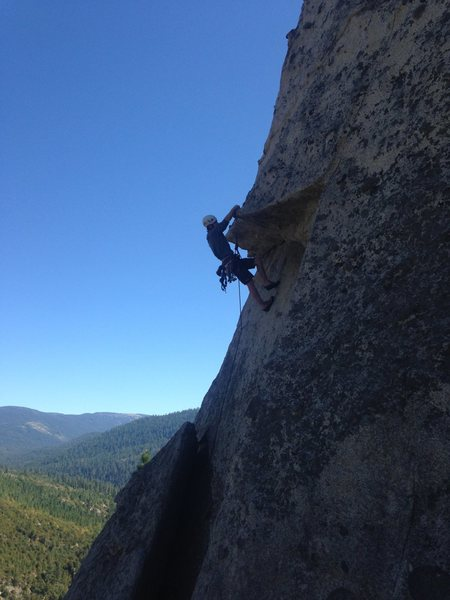 Rock Climbing Photo: A quick rest after slinging the knob, before pulli...