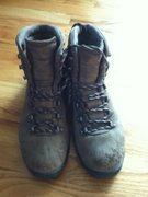 Rock Climbing Photo: EMS Gore-Tex Boots Size 11 - $60. Local, no shippi...