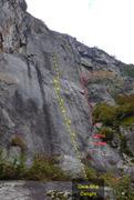 Rock Climbing Photo: Gwa-Sha Delight La ligne jaune