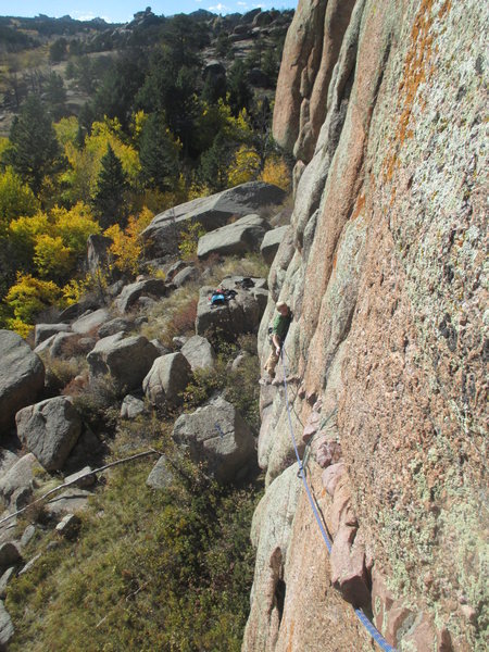 Rock Climbing Photo: Evan Martin following Heads of the Valley.