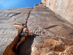 Rock Climbing Photo: Me getting out of the initial corner on 100' Hands...