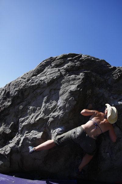 Rock Climbing Photo: Big Mussels V2