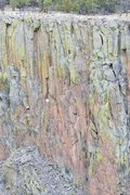 Rock Climbing Photo: Up and Cwming, top marked with red arrow. belay on...