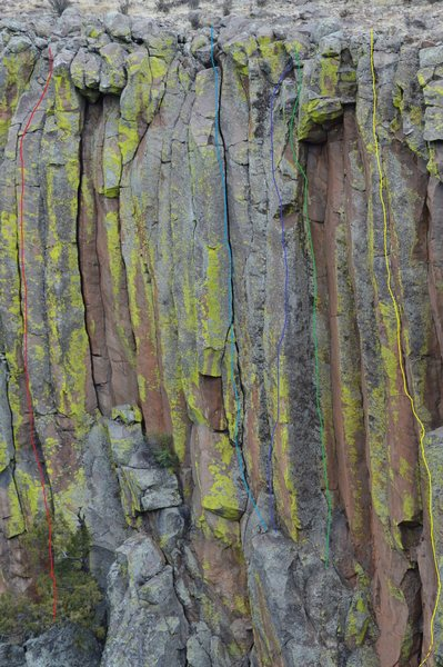 Rock Climbing Photo: Caul of the Child (green topo line) is the obvious...