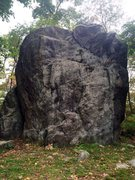 Rock Climbing Photo: Glacial Erratic - A 20-foot gneiss boulder with se...