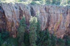 Rock Climbing Photo: Chuckwalla Cranny in Red