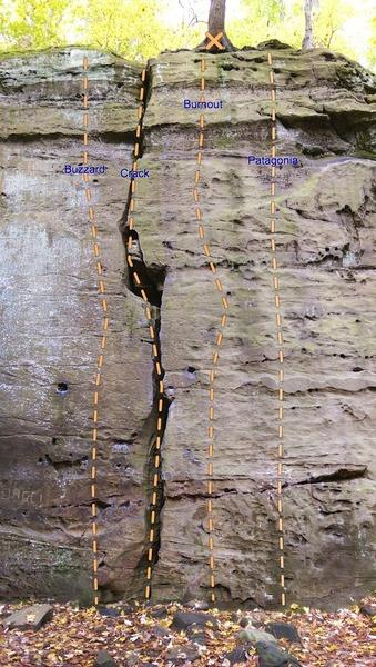 Rock Climbing Photo: L-R: Buzzard, The Crack/Hinckley Crack, Burnout, P...