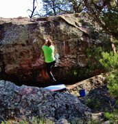 Rock Climbing Photo: Prepping to make the awkward toss to the lip on Mu...