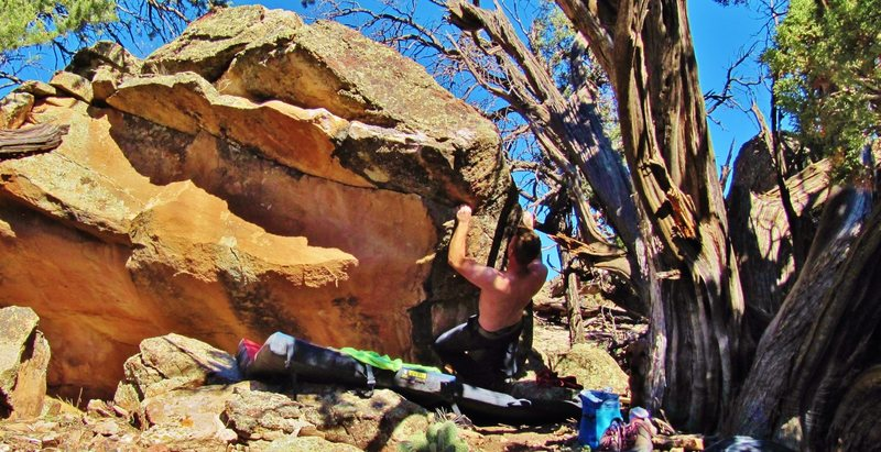Rock Climbing Photo: Start beta of Pass Me the Roger Waters.