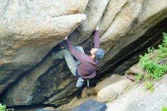 Rock Climbing Photo: Nearing the jug on Beer Crack.