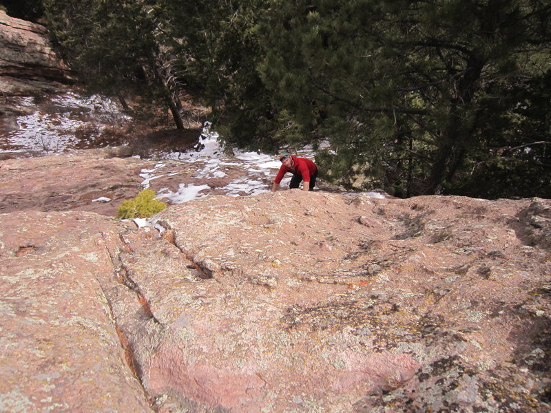 Jason A. follows up on tandem solo on the Apostle's South Arete.