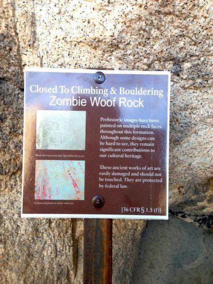 Closure sign for Zombie Woof Rock, Joshua Tree NP