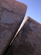Rock Climbing Photo: Hidden Crack (V3), Joshua Tree NP