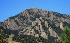 Rock Climbing Photo: The rock on the East Face of the South Summit of G...