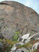 Rock Climbing Photo: Skiloperen is the obvious crack and left-facing co...